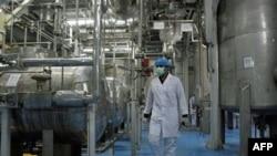 Iran nhiều lần bác bỏ cáo buộc đang ttm cách chế tạo võ khí hạt nhân dưới vỏ bọc chương trình hạt nhân dân sự