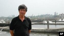 戴昆財位於台灣最南部屏東縣仿寮鄉的水產養殖場佔地11公頃