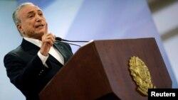Tổng thống Brazil Michel Temer phát biểu tại Dinh Planalto ở Brasilia, Brazil, ngày 20 tháng 5, 2017.