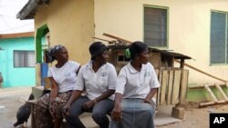 Liberian women at the Buduburam camp in Ghana (file photo)