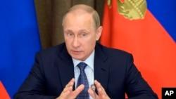 La legislación que permitirá al gobierno ruso registrar a medios internacionales como agentes extranjeros fue aprobada unánimemente en la cámara alta del parlamento ruso el miércoles 22 de noviembre.