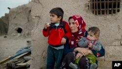 敘利亞難民在土耳其邊境資料照。