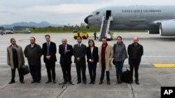 哥倫比亞政府和平談判代表星期四出發前往奧斯陸與哥倫比亞革命武裝部隊代表會面。