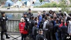 Des migrants en France.