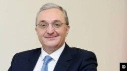 Ermenistan Dışişleri Bakanı Zohrab Mnatsakanyan, Pazartesi günü görevinden istifa etti.