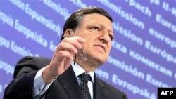 Chủ tịch Ủy ban châu Âu Jose Manuel Barroso nói di dân là một thách đố thường xuyên và là một trách nhiệm chung