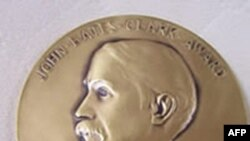 约翰•贝茨•克拉克奖章