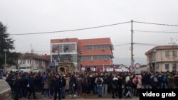 Protesti Srba u Gračanici (Foto: Budimir Ničić/Glas Amerike)