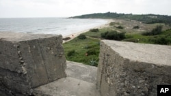 資料照:與中國大陸只有三公里之隔的金門防禦工事及灘頭地雷陣。 (2007年9月27日)
