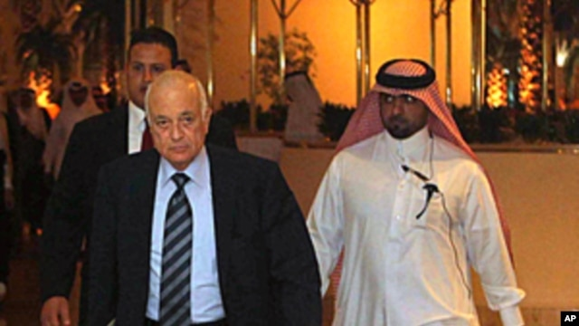 Arab League Secretary General Nabil al-Arabi arrives at a meeting of the Committee of Arab Coordination in Doha, December 3, 2011.