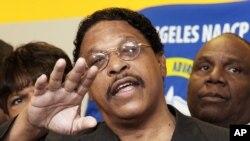 Leon Jenkins, leader de la NAACP à Los Angeles, a présenté sa démission