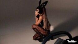 Al menos 10 famosos artistas se han comprometido para el concierto benéfico de Ariana Grande el domingo 4 de junio a favor de las víctimas y familiares de los fallecidos en el ataque después de su concierto de Manchester en mayo.