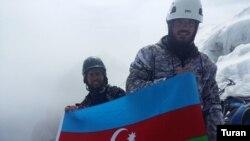Azərbaycan alpinistləri Qafqazın mürəkkəb zirvəsi Uşabaya qalxıb