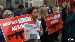 Sve do ubistava u osnovnoj školi Sandy Hook, zakonodavci nisu bili voljni predložiti oštriju kontrolu oružja.