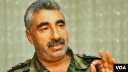 Chỉ huy phó Quân đội Syria Tự do nói đây là đòi hỏi đơn giản của nhân dân Syria, những người bị đàn áp và hàng tuần, bị giết vì niềm tin của mình
