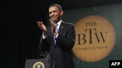 Барак Обама в средней школе им. Букера Ти Вашингтона в Мемфисе
