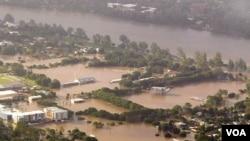 Banjir akibat meluapnya sungai Brisbane di Queenlsand beberapa minggu lalu.