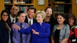 내년 미국 대통령 선거 출마를 선언한 힐러리 클린턴 전 국무장관이 5일 라스베가스에서 이민 개혁에 대한 입장을 밝혔다.