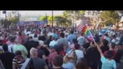 南加同性恋社区街头欢庆胜利