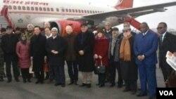 15 diplomat asing yang bertugas di New Delhi mengunjungi wilayah Kashmir yang dikuasai India, hari Kamis (9/1).