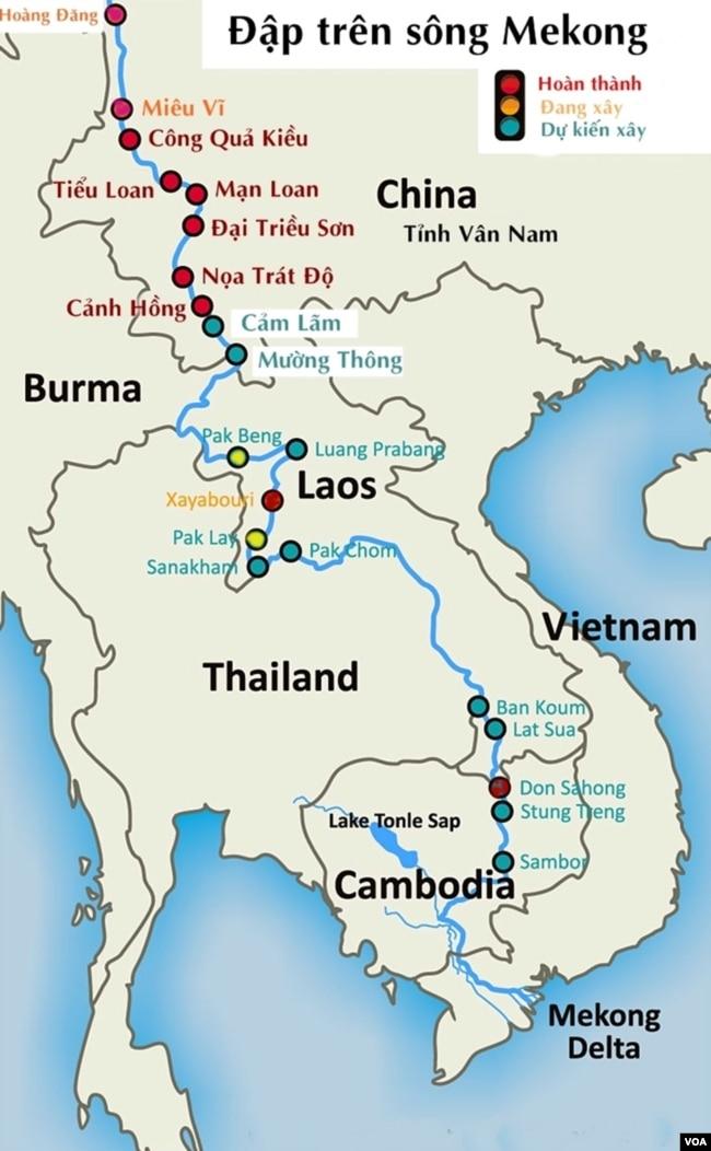 """Những con đập thuỷ điện trên dòng chính Sông Mekong: chỉ với 11 con đập trên Sông Lancang-Mekong thượng nguồn, TQ đã lưu trữ 40 tỉ mét khối nước, sản xuất 21,300 MW điện; riêng Lào đang hiện thực giấc mơ trở thành """"Bình điện Á Châu / Asia's Battery"""" hay """"xứ Kuwait Thủy điện Đông Nam Á"""", Lào cũng lưu trữ 30 tỉ mét khối nước hàng năm. [nguồn: Michael Buckley, cập nhật 2019]"""