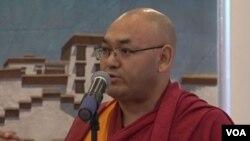 藏人行政中央议会议长堪布索朗丹在纽约出席2018藏汉联谊新春酒会