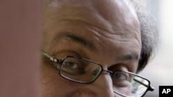 سلمان رشدی نے دورہ بھارت منسوخ کردیا