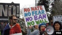 Biểu tình phản đối chính sách di dân của Tổng thống Trump ở Bắc California trong năm 2017. (Ảnh: Bùi Văn Phú)