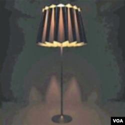 .... a noću svijetli