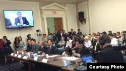 Trọng tâm của buổi điều trần hôm thứ Tư 17/6 là tình hình nhân quyền Việt Nam và Hiệp định hợp tác thương mại xuyên Thái Bình Dương TPP mà Việt Nam đang đàm phán với Hoa Kỳ.