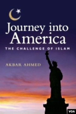 "Buku ""Journey into America"" karya Profesor Akbar Ahmed (American University)."