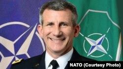 جنرال نیکلسن برتداوم حمایت نیروهای ناتو از نیروهای امنیتی افغان در مبارزه برضد گروه داعش تاکید ورزید