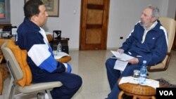 Chávez ha dicho que Fidel Castro es su mentor político.