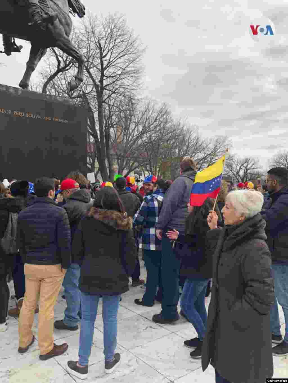 Manifestaciones se llevaron a cabo en la capital de EE.UU., el miércoles.