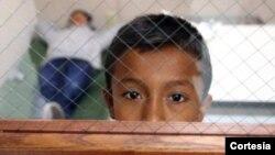 Cientos de niños migrantes fueron rescatados por las autoridades de las manos de traficantes humanos en 2013 y 2014.