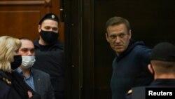 Foto nga seanca gjyqësore kundër udhëheqësit të opozitës ruse Alexei Navalny