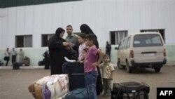 Palestinska porodica na granici Egipta i pojasa Gaze