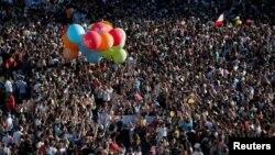Hàng trăm ngàn người tham dự diễu hành Đồng tính Luyến ái Thế giới tại Madrid, Tây Ban Nha ngày 1/7/2017.