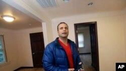 د دونالد ټرمپ یو مسلمان ملاتړی نیدال تامر چې د میشیگان په ایالت کې د معاملو او ساختماني چارو لارښوونکی دی