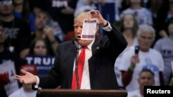 ترامپ و کلینتون از نظر ریاضی نامزد نهایی انتخابات دو حزب در نوامبر آینده هستند.