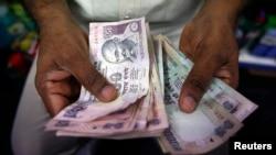 Mata uang India, Rupee. (Foto: dok.)