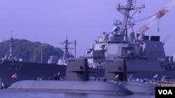 日本潜水艇现在是澳大利亚希望与日本合作开发的军备项目(美国之音歌篮拍摄)
