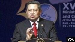 Sikap Presiden SBY dinilai pengamat masih lemah dan tidak punya keberanian politik, termasuk dalam pemberantasan korupsi (foto: dok).