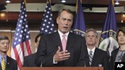 Kakakin Majalisar wakilai John Boehner na Ohio, yake magana a taron manema labarai.