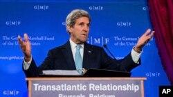 Siria fue el centro de las conversaciones sostenidas el domingo entre el secretario de Estado estadounidense, John Kerry, y el secretario de Relaciones Exteriores británico, Boris Johnson.