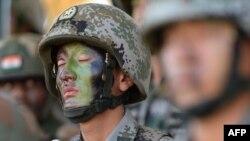 Binh sĩ Quân đội Giải phóng Nhân dân Trung Quốc tham gia một cuộc diễn tập chống khủng bố. (Ảnh tư liệu)