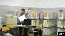 Në Shqipëri priten rezultatet e votimeve të Tiranës, Basha ende në krye