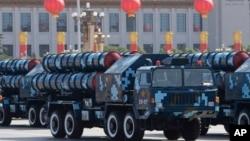 红旗-9导弹在中国国庆60周年阅兵式上亮相(2009年10月1日)