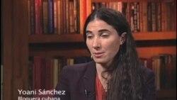 Yoani Sánchez visita la Voz de América