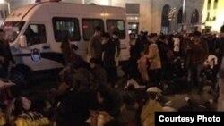 上海发生新年践踏事故的现场。(网络图片)